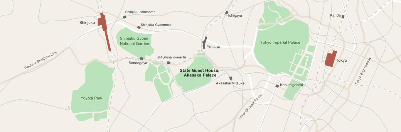 A map showing the position of the State Guest House, Akasaka Palace, in the center of Tokyo City.  To the east of the State Guest House is Tokyo Imperial Palace, and to the West are such locations as Shinjuku Gyoen National Park and Yoyogi Park.