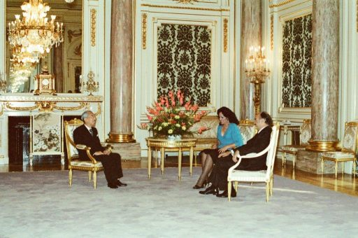 President Portillo and Mrs. Portillo speak with Emperor Showa during the farewell session in Asahi no Ma