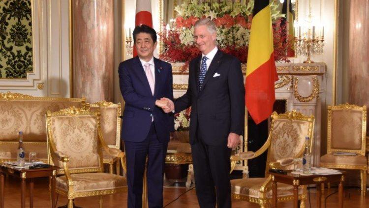 ベルギー王国フィリップ国王陛下との懇談前の様子。