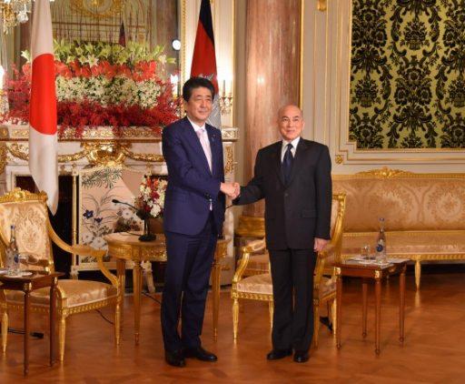 Prime Minister Abe meets with H.M. Preah Bat Samdech Preah Boromneath NORODOM SIHAMONI, King of Cambodia.