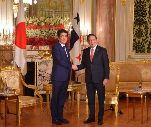 Prime Minister Abe meets with H.E. Mr. Laurentino CORTIZO Cohen, President of Republic of Panama.