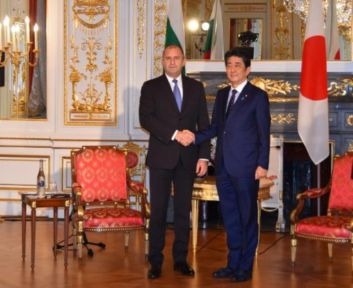 Prime Minister Abe meets with H.E. Mr. Rumen RADEV, President of the Republic of Bulgaria.