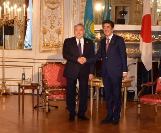 Prime Minister Abe meets with H.E. Mr. Nursultan Abishevich NAZARBAYEV, First President of the Republic of Kazakhstan.