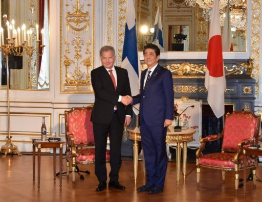 Prime Minister Abe meets with H.E. Mr. Sauli NIINISTÖ, President of the Republic of Finland.