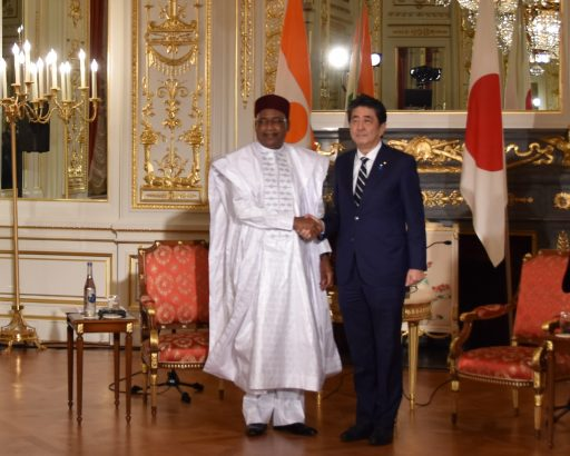 Prime Minister Abe meets with H.E. Mr. ISSOUFOU MAHAMADOU, President of Niger.